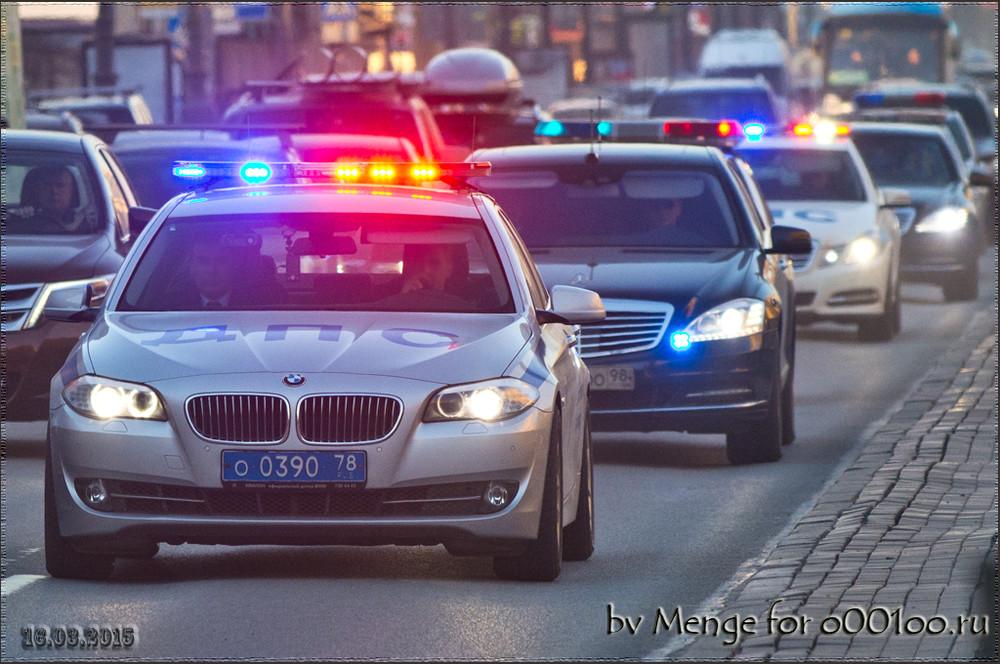 ФСО предложила снабдить свои автомобили «мигалками» идать импреимущество надороге