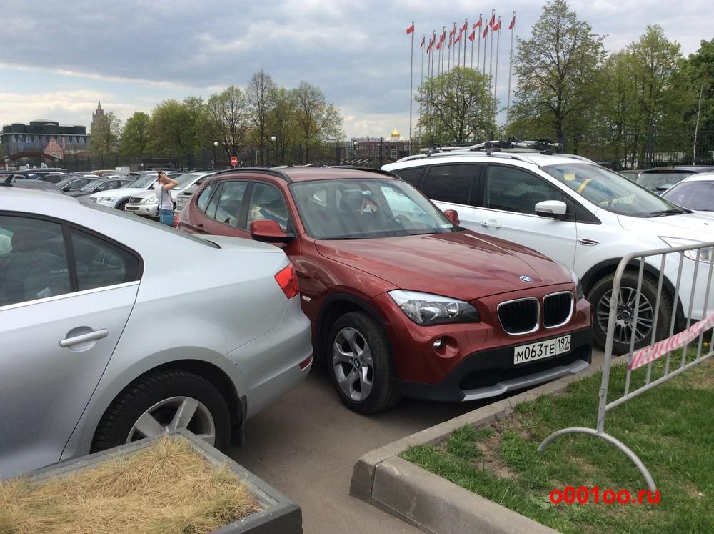 BMW м063те197